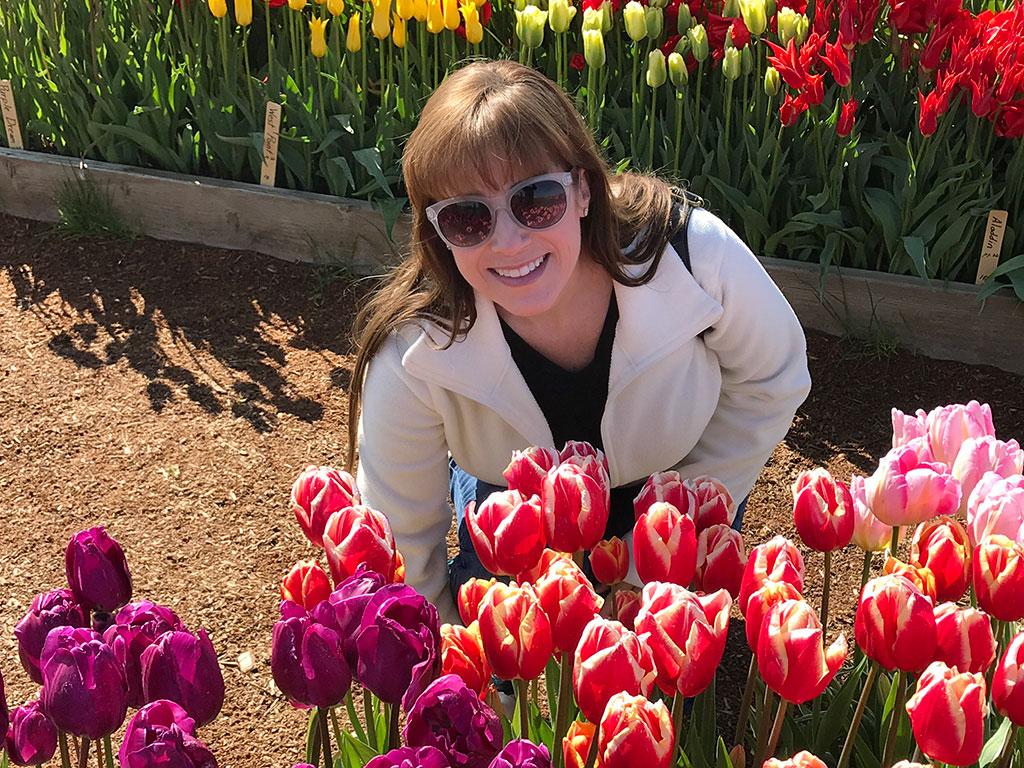 Mumzies With Tulips